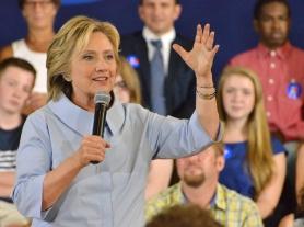 Hillary Clinton in Portland, Maine. Photo by Ramona du Houx